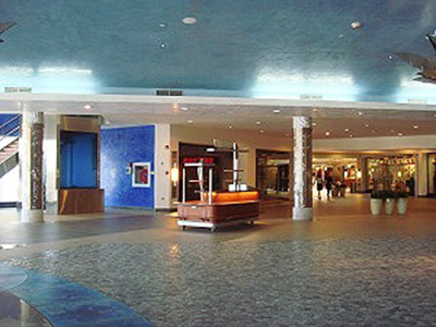 Lowlands Mall